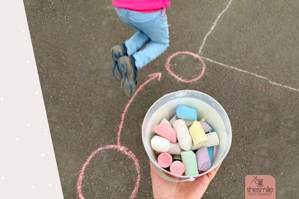 """Bewegungsspiel für Kinder """"Flitzeschnur"""" (Kostenlose Ideensammlung)"""